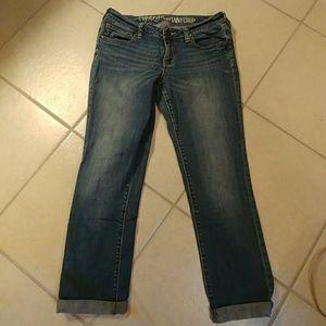 Bullhead Topanga skinny crop& wisker jeans EUC 7